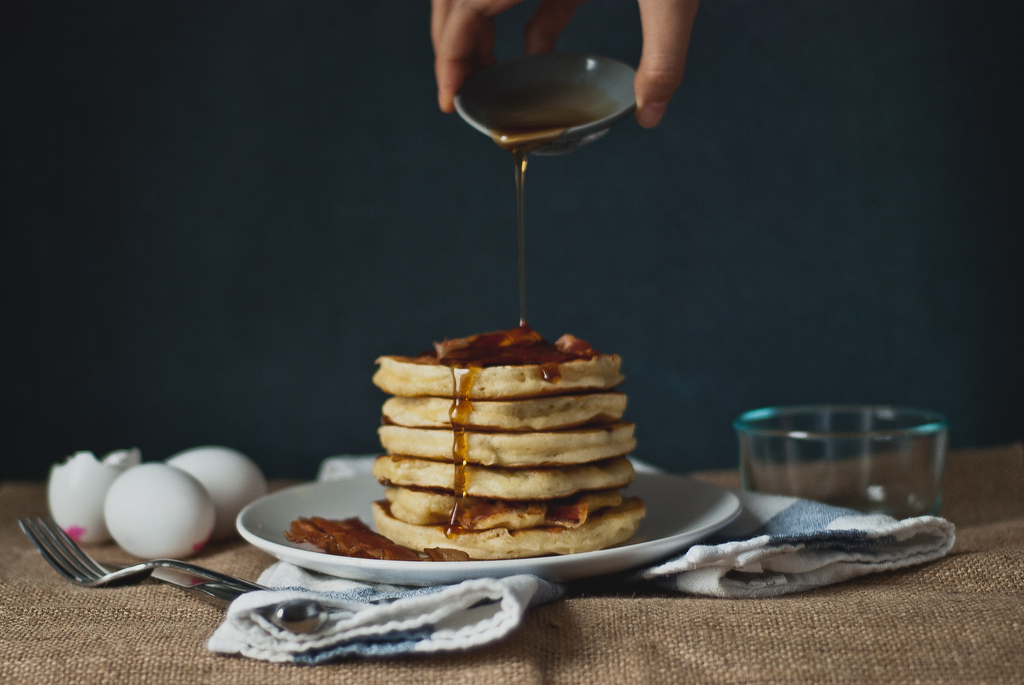 bacon buttermilk (greek yogurt) pancakes