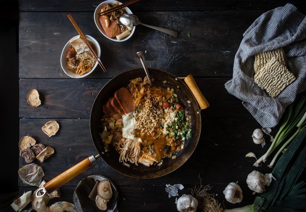 "budae jjigae (korean ""army base stew"")"
