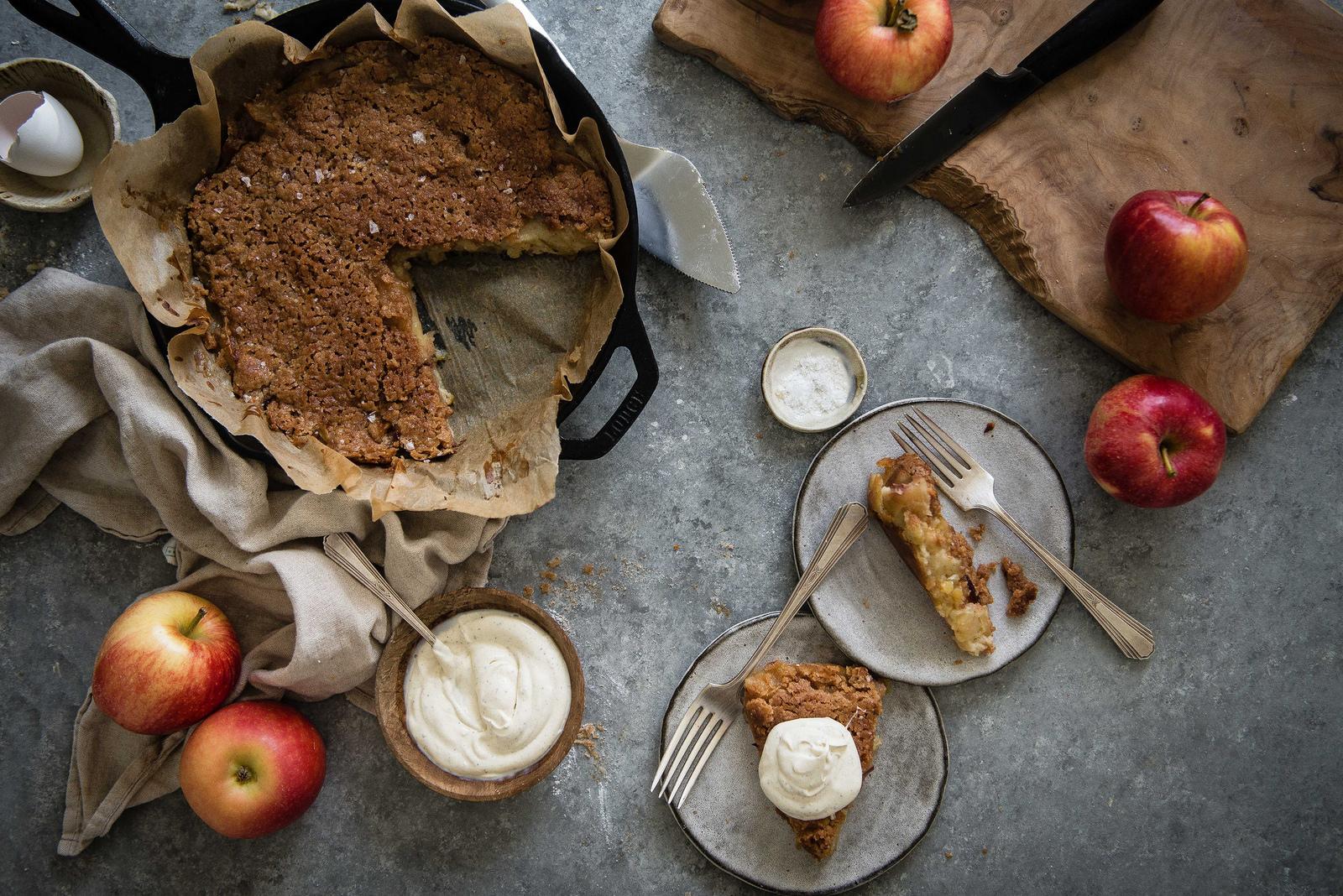 custardy crème fraîche apple pie - Two Red Bowls